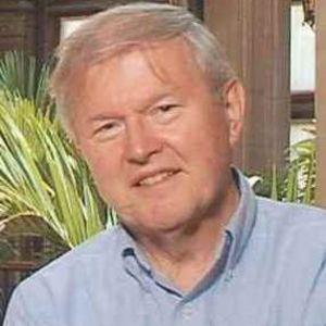 Dr. Walter W. Schmiegel