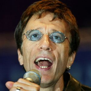 Robin Gibb Obituary Photo