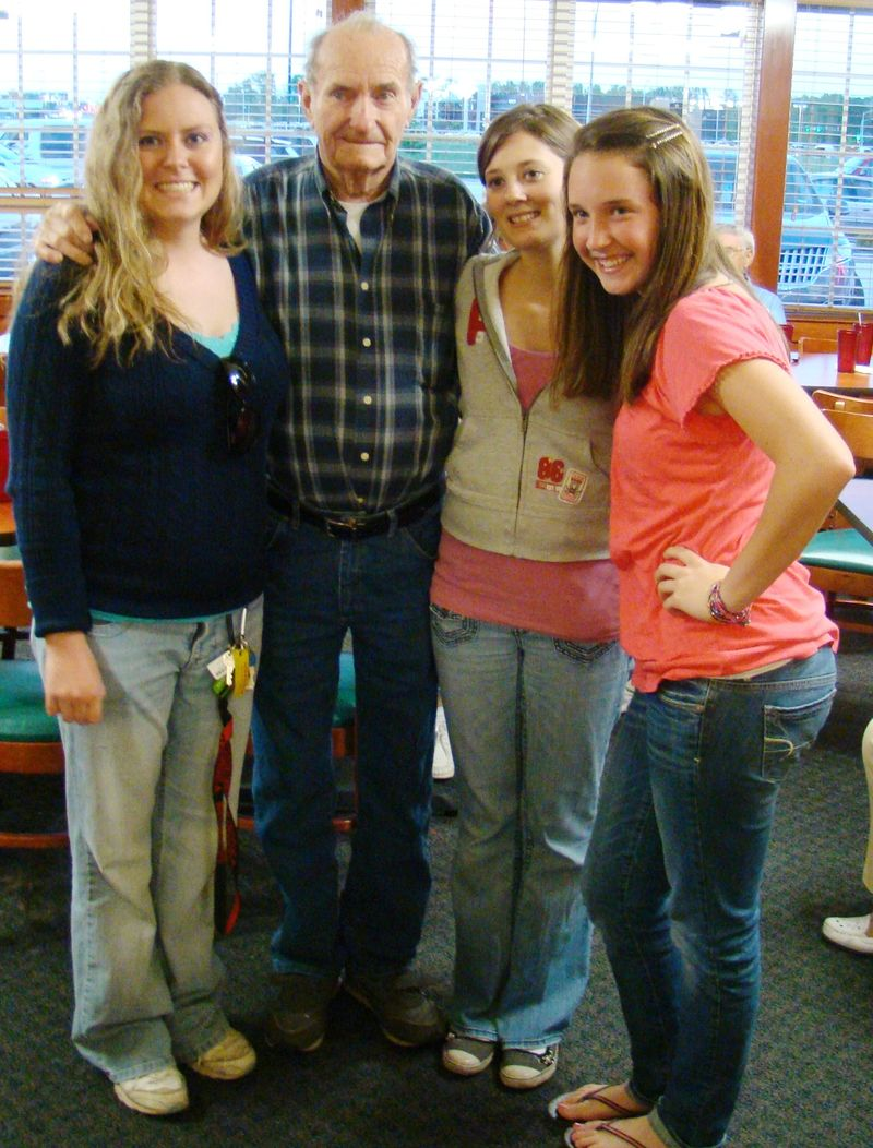 Dad with his granddaughters:  Johanna Chapman, Ray Chapman, Kristy Parrish and Courtney Chapman.