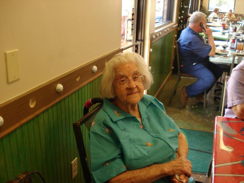 Anna gomez obituary chalmette louisiana st bernard funeral home for St bernard memorial gardens obituaries