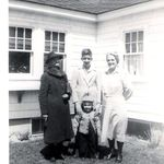 Eva Haywood  George Mum and Glen 1945 in front of the 'little house' before it burned in oct 1947