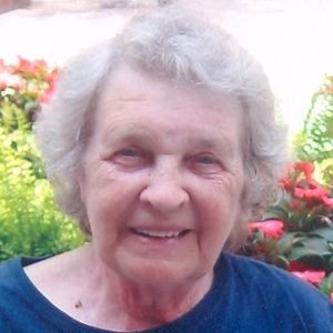 "Mrs. Lillie ""Louise"" Atkins Obituary Photo"