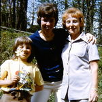 Jean, right, with daughter Sandra and granddaughter Barbara.