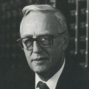 Earl William Sieger Obituary Photo