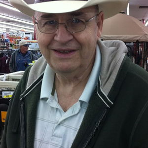 Dale L. Johnson Obituary Photo