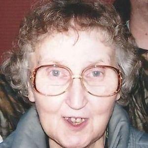Mrs. Dorris L. (nee Holmes) Huddleston