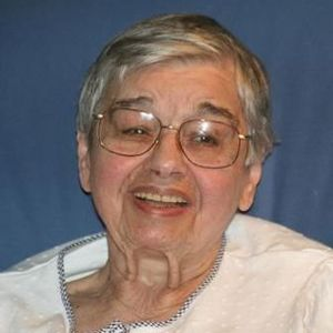 Julia Bobby Obituary Photo