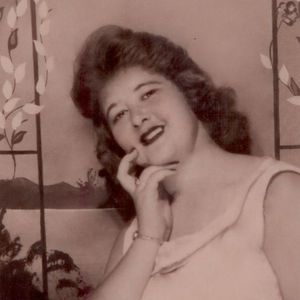Mrs. Jean Woods Obituary Photo