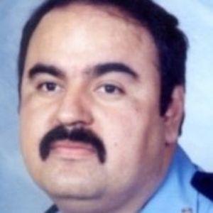 """Roverto """"Robert"""" Hernandez"""