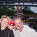 Angelica, Vickie & John Disney Entry Plaza April 2008