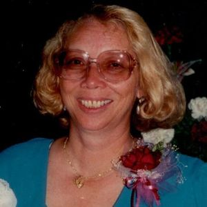 Claudia Royal Holland Obituary Photo