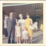 Mary Lou, her parents, daughters Lynne and Connie.
