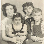 GinaLee and her sisters and brother, Rebecca, Georgana and Tomas