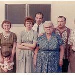 Doris, Ruth, Bob, Kip, Grandma & Grandpa Allen, and Linda