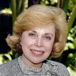  In this Sept. 1, 1987 file photo, Dr. Joyce Brothers takes a break from a busy schedule in Los Angeles to talk about her upcoming television series, &quot;The Psychology Behind the News.&quot; Brothers died Monday, May 13, 2013, in New York City, according to publicist Sanford Brokaw. She was 85. 