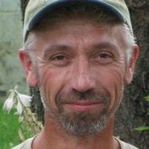 Vincent W. Gauche'