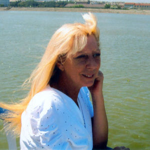 Pamela J. Ruth