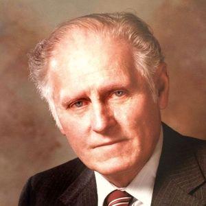 Robert L. Buschur