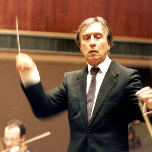 What makes a celebrity classical conductor | Kaansen Kalling
