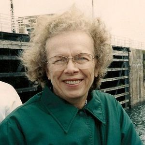Pauline Evelyn Missler