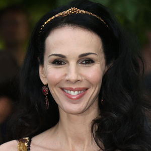 L'Wren Scott Obituary Photo