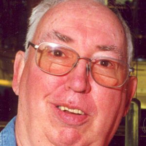 Robert  M.  Davies Obituary Photo