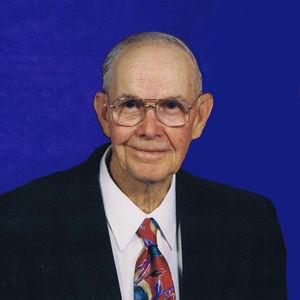 Victor Walter Schlecht Obituary Photo