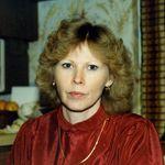 Linda  Lee  Combest