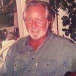 "Robert  Thomas ""Tom"" Brown"