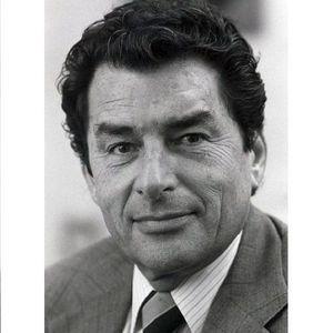 Dr. David Greer Obituary Photo