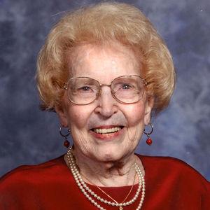 Dr. Natalie Carter Barraga