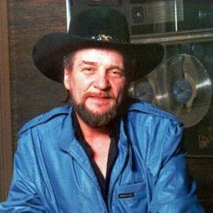 Waylon Jennings Obituary Photo