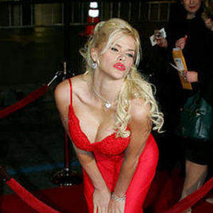 Anna Nicole Smith Obituary Photo