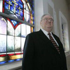 Jerry Falwell Obituary Photo
