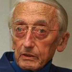 Jacques Cousteau Obituary Photo