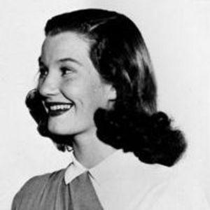 Lois Maxwell Obituary Photo