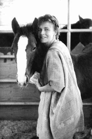 Obituary Photos Honoring Linda McCartney - Tributes.com