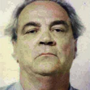 Frank Schweihs Obituary Photo