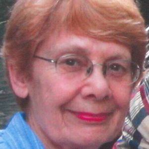 Mrs. Janet Mary Carpenter Obituary Photo - 3861122_300x300