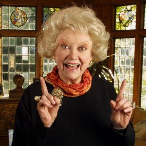 Phyllis Diller Obituary Photo