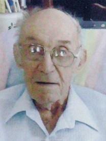 Kenneth Eugene Richards obituary photo