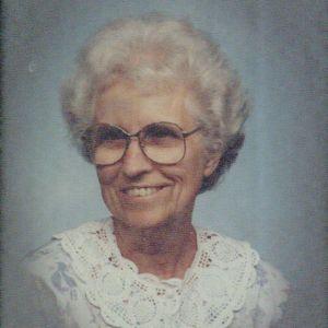 Mrs. Betty Jeanne Howard Hughes Obituary Photo