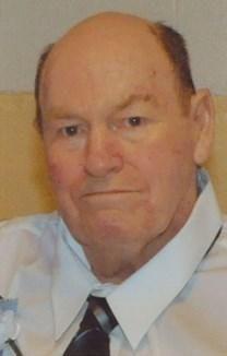 Russell W. Roark obituary photo