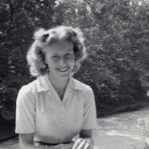 Mrs. Ruth G. Byard Obituary Photo