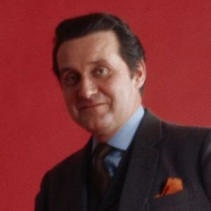 Patrick Macnee Obituary Photo