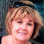 Suzanne  (Saunders) Doyle obituary photo