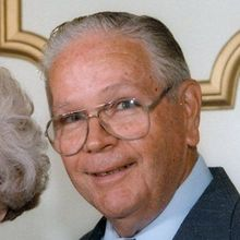 John h kneale sr august 3 2009 obituary for St bernard memorial gardens obituaries
