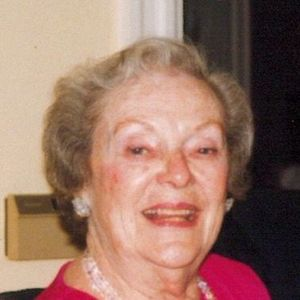"Dorothy Elizabeth ""Dot""   McGuckin, CDR, USN (Ret.) Obituary Photo"