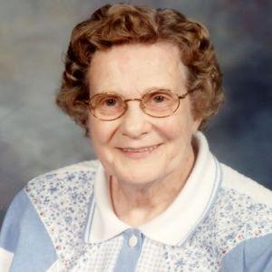 """Catherine """"Kay"""" Lake Obituary Photo"""