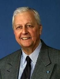 Robert W. Farquhar obituary photo